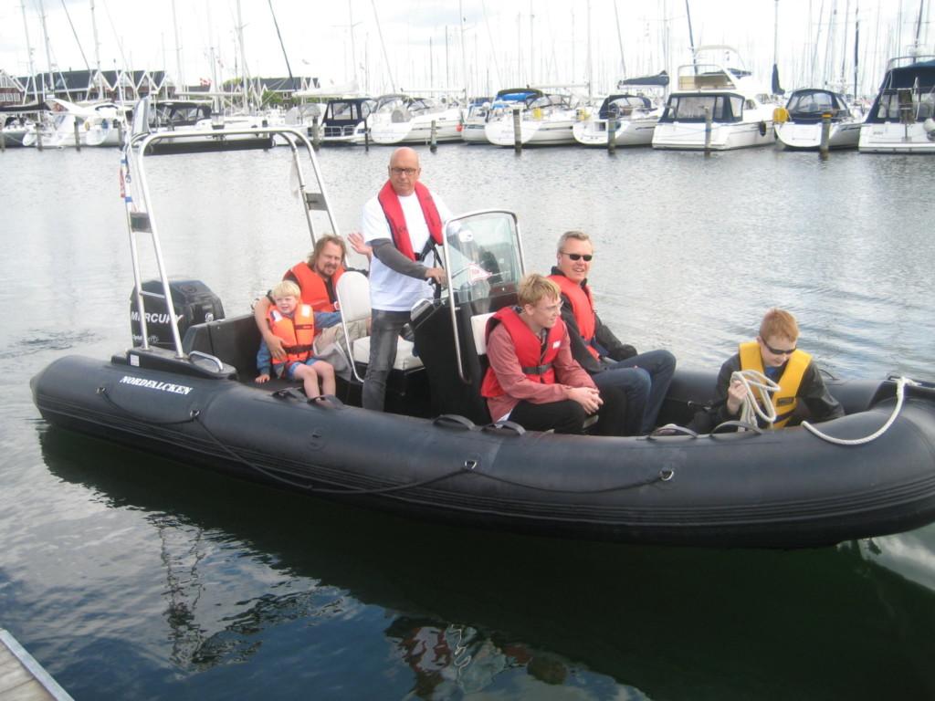 Hop med om bord og prøv en hurtigtgående RIB-båd, en motorbåd eller sejlbåd 1