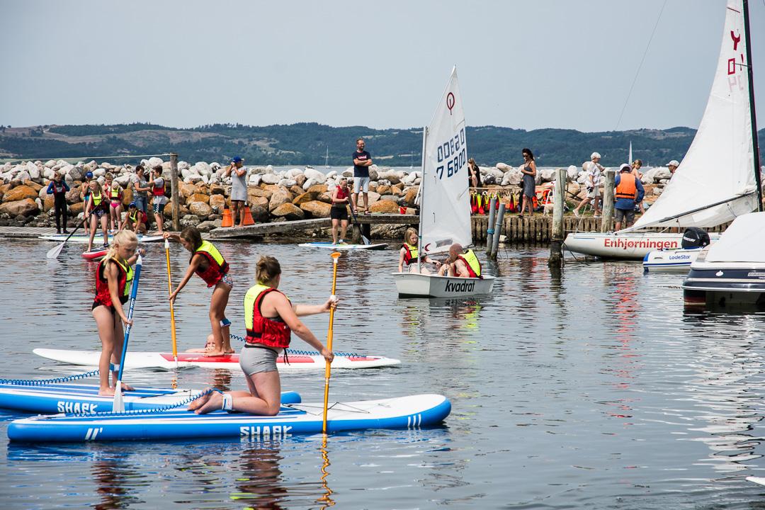 Prøv stand up paddling i Sejlklubben Ebeltoft Vig 1